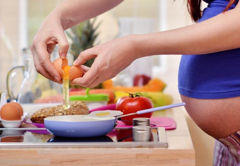польза яиц для женщин
